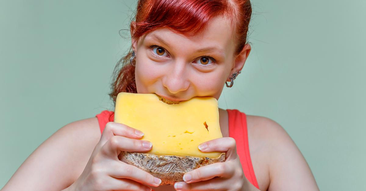 Medicine-Professor warns that cheese makes you fat, sick, and even addictive!