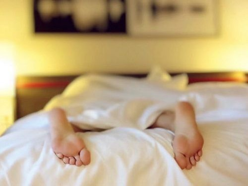 Regular sleep more than 9 hours may indicate the imminent appearance of serious diseases