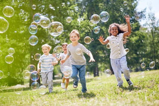 Being surrounded by green space in childhood may improve mental health of adults
