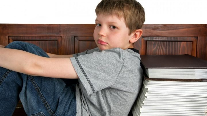 Boys' attention and prosocial behaviour linked to earnings 30 years later