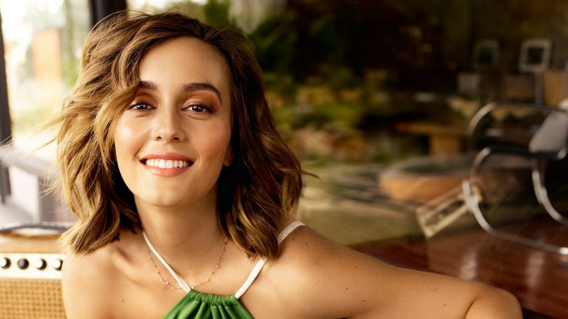Leighton Meester Shows Off Toned Body, Talks Surfing With Adam Brody