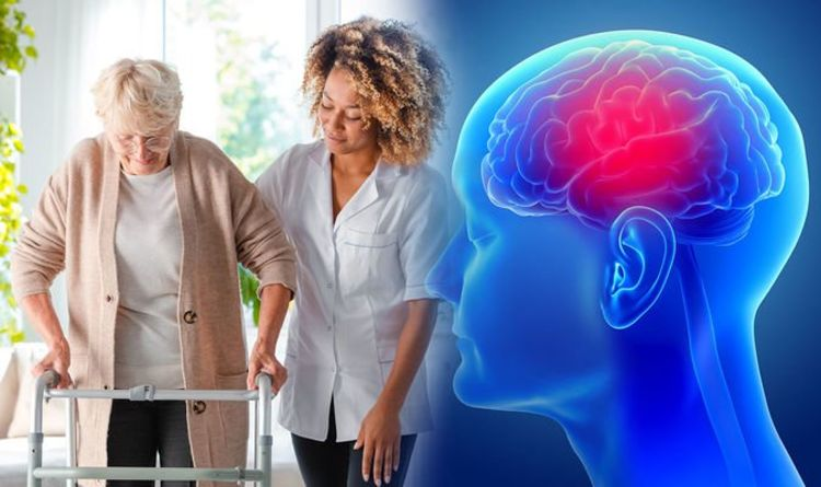 Parkinson's disease: The five early symptoms of the disease