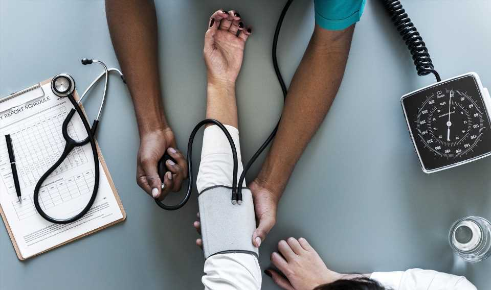 People with untreated 'white coat hypertension' twice as likely to die from heart disease