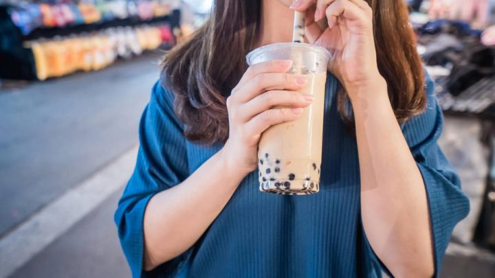 Too much Bubble Tea: a Teenager has more than 100 tapioca pearls in the belly