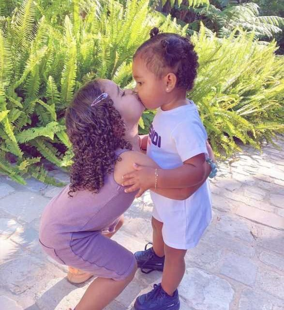 Khloé Kardashian Shares Sweet Photo of Dream, 2, Giving 13-Month-Old True a Kiss: 'BFF Cousins'