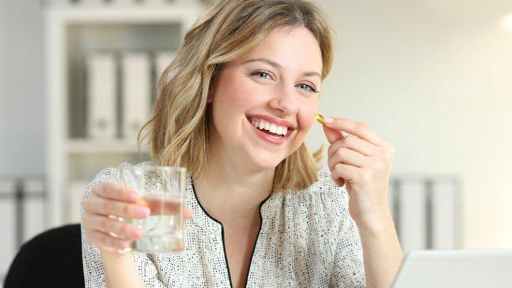 Gastro-resistant tablets meal break need