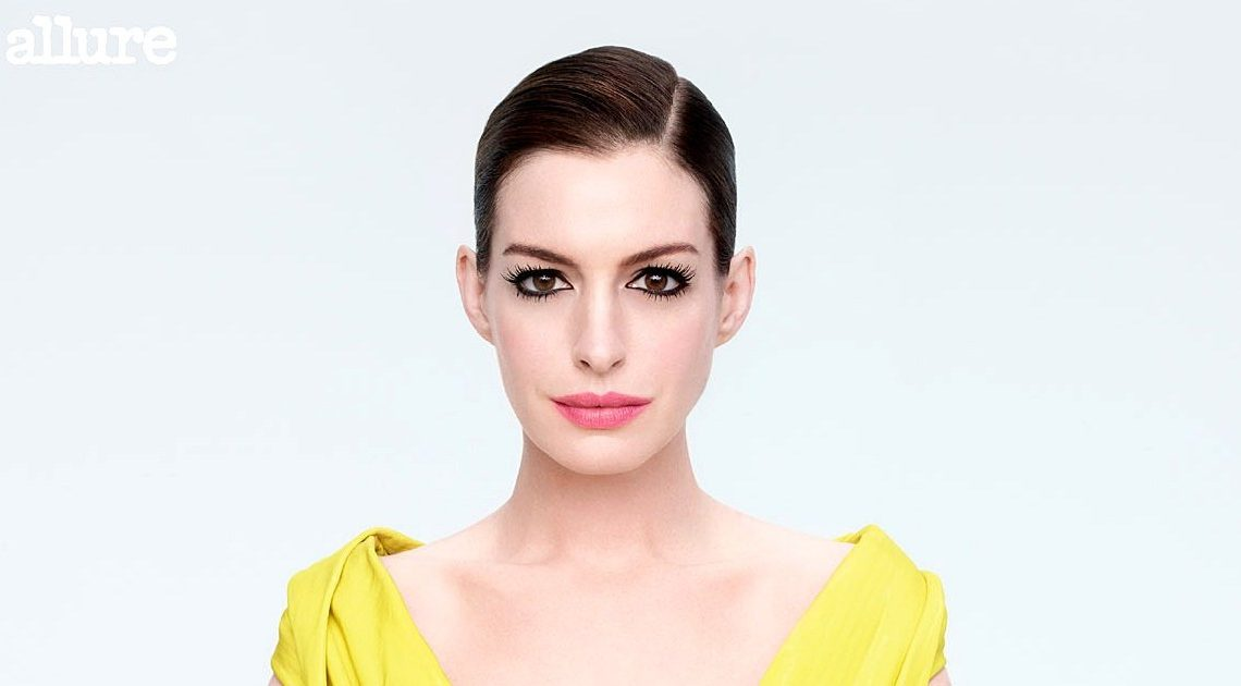 Anne Hathaway Was Body-Shamed at 16 in First Role: 'Don't Gain Weight'