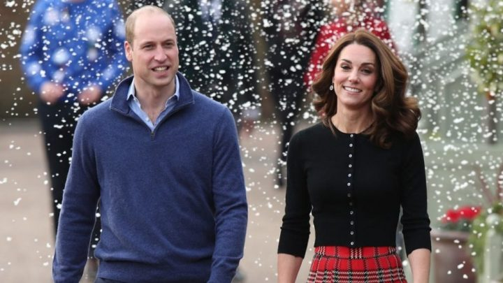 Prince William and Duchess Kate Reveal the Stunning Christmas Photo Card of their Royal Family!