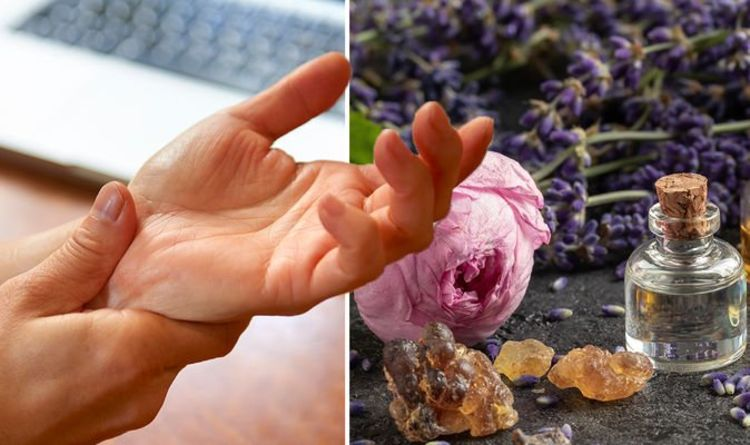 Rheumatoid arthritis treatment: The herbal extract shown to reduce joint swelling