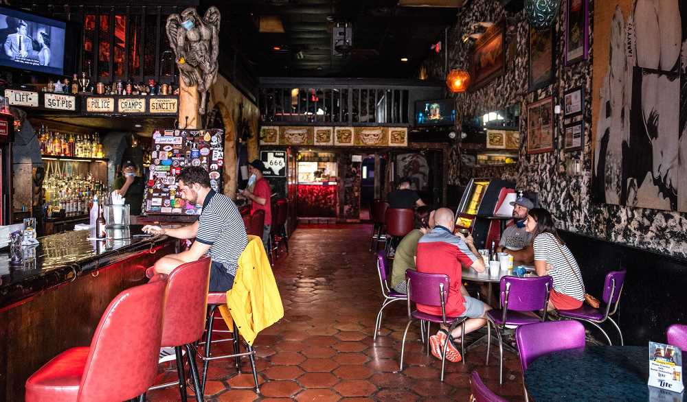 States That Reopened Bars Saw Coronavirus Cases Double, Study Finds