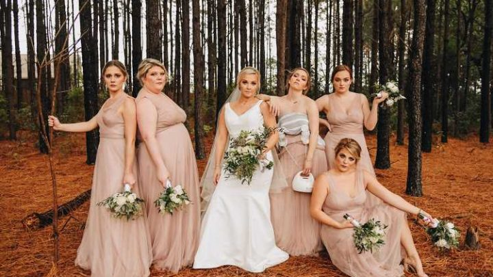 Bridesmaid Pumps During Wedding Photo Shoot: 'All for Normalizing Breastfeeding'