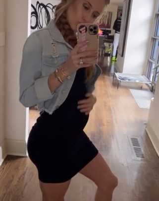 The Sweetest Photos of Brittany Matthews' Baby Bump